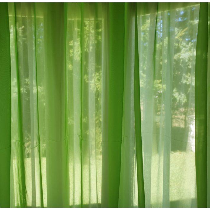 Függöny az otthonunkban. Organza függöny és sötétítő függöny