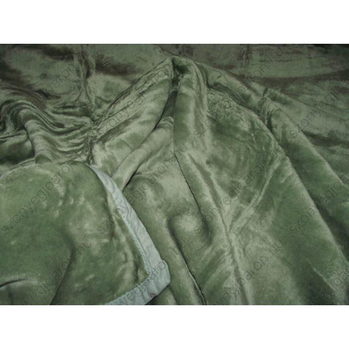 Praktikus, esztétikus zöld pléd, ágytakaró
